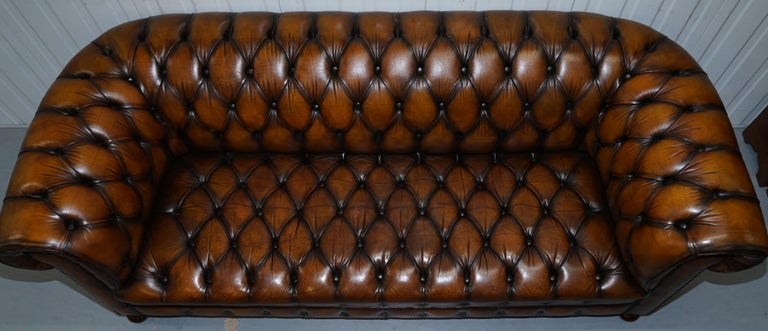 Hand-Crafted Vintage Hand Dyed Fully Restored Whisky Brown Pleated Leather Chesterfield Sofa For Sale
