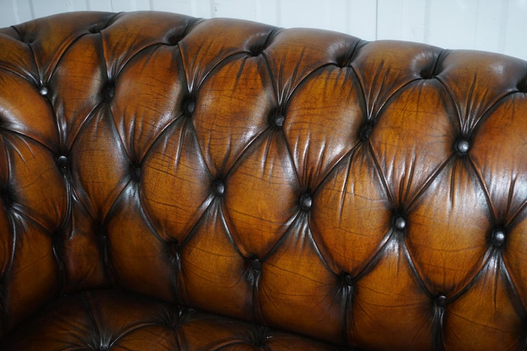 20th Century Vintage Hand Dyed Fully Restored Whisky Brown Pleated Leather Chesterfield Sofa For Sale