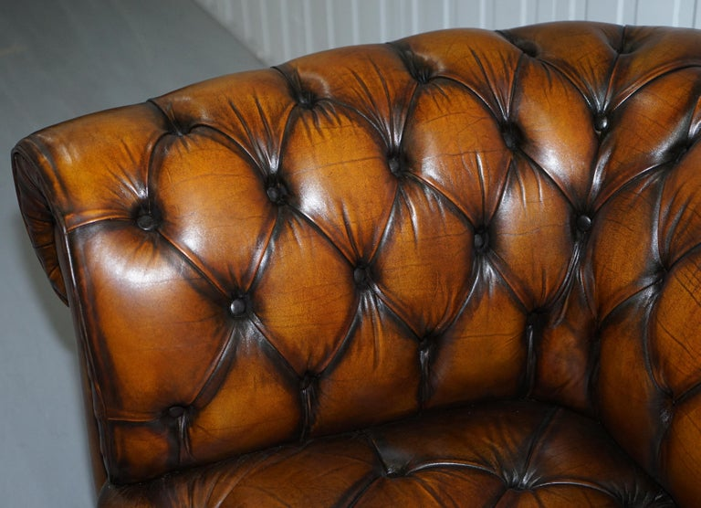Vintage Hand Dyed Fully Restored Whisky Brown Pleated Leather Chesterfield Sofa For Sale 1