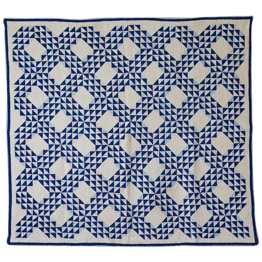 Vintage Hand Made Cotton Patchwork Quilt in White and Blue, USA, 1920's