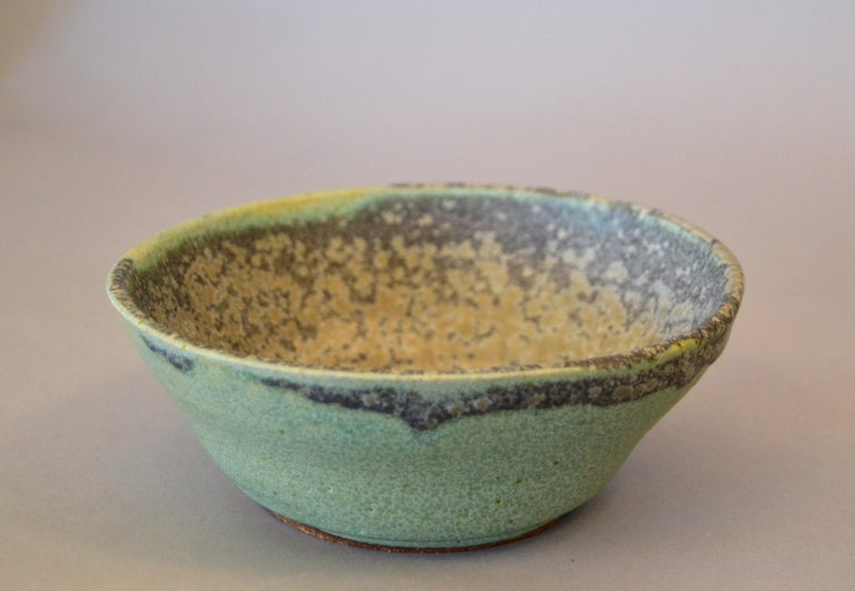 Hand-Crafted Vintage Handcrafted Aztec Green and Gray Pottery Bowls or Vessel, Set of 3 For Sale
