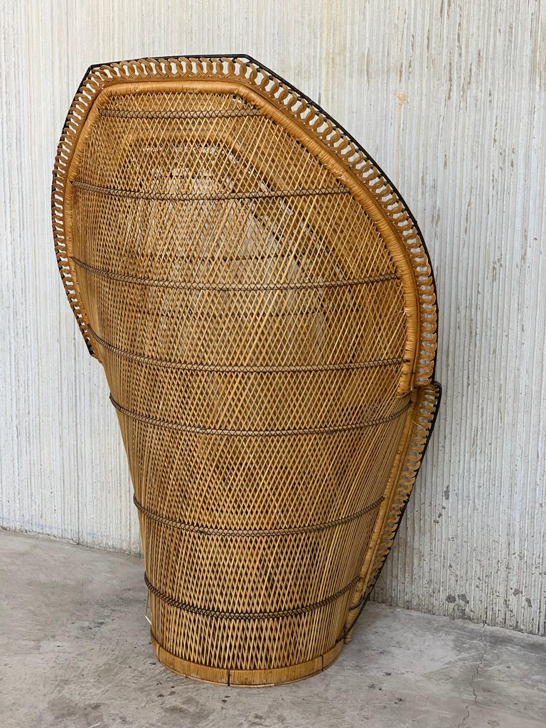 Vintage Handcrafted Wicker, Rattan and Reed Peacock Chair For Sale 2