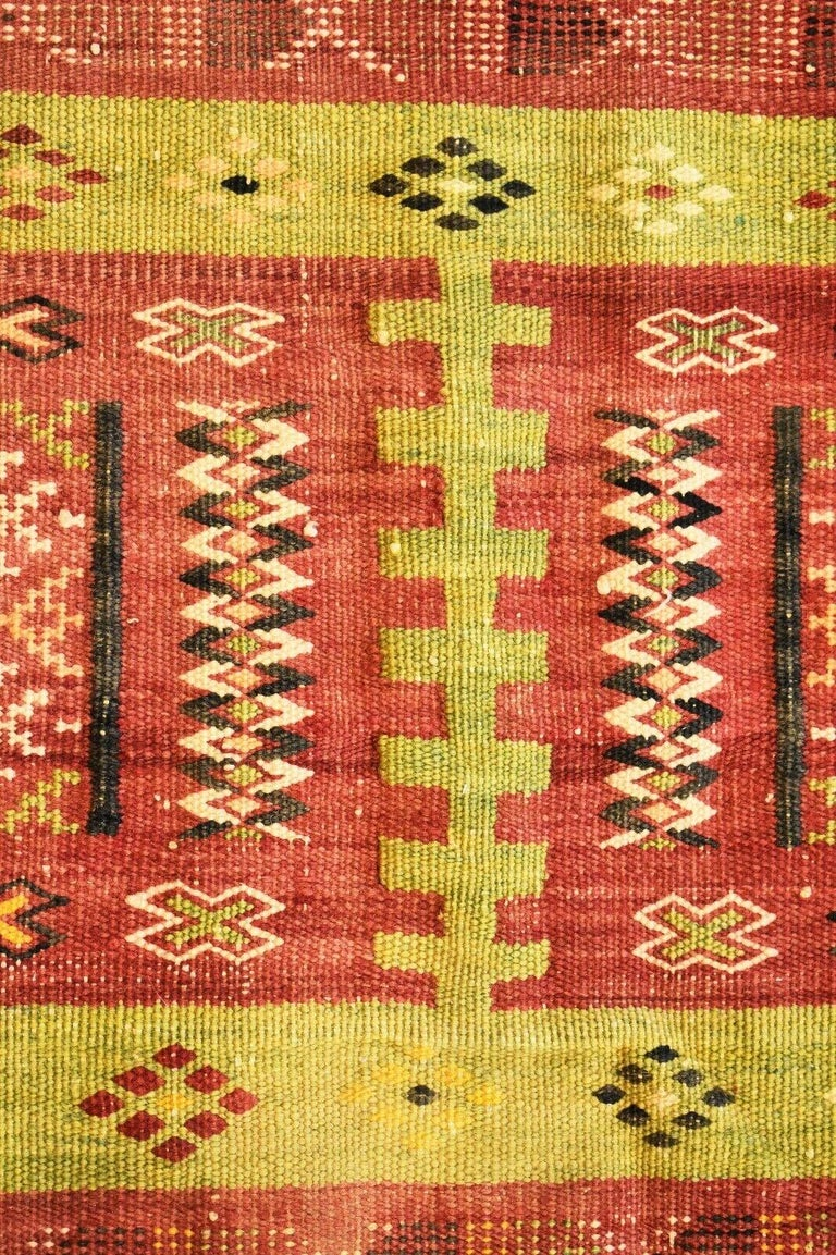 Vintage Handwoven Kilim Rug / Runner Natural Dye In Good Condition In London, GB