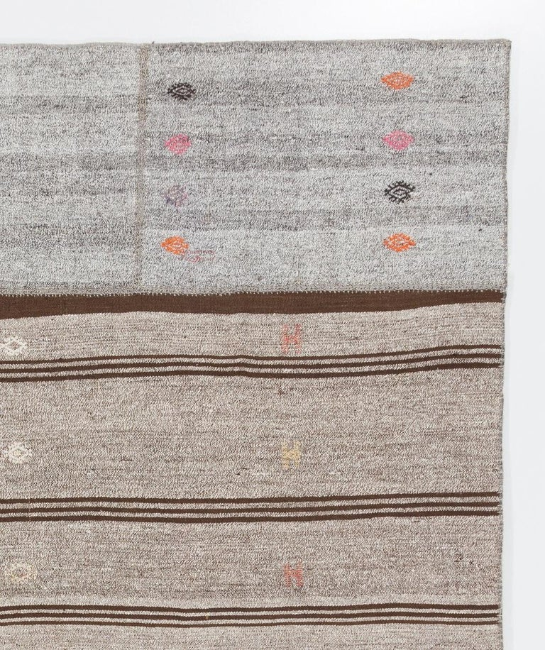 Vintage Handwoven Turkish Kilim 'Flat-Weave' In Excellent Condition For Sale In Philadelphia, PA