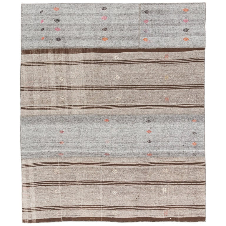 Vintage Handwoven Turkish Kilim 'Flat-Weave' For Sale