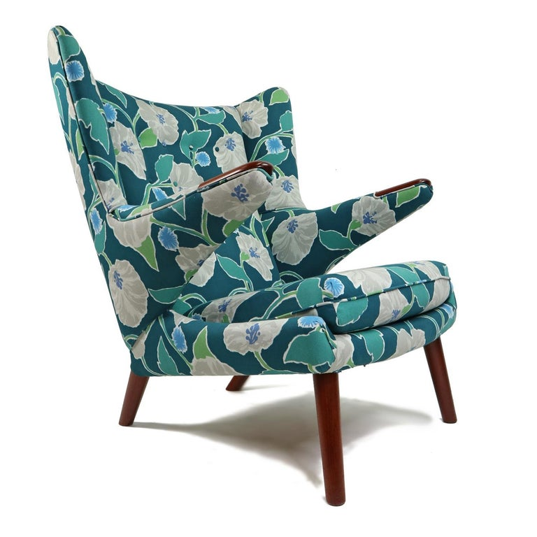 Vintage Hans Wegner Papa Bear Chair Set with Ottoman in Floral Print In Good Condition For Sale In Saint Petersburg, FL