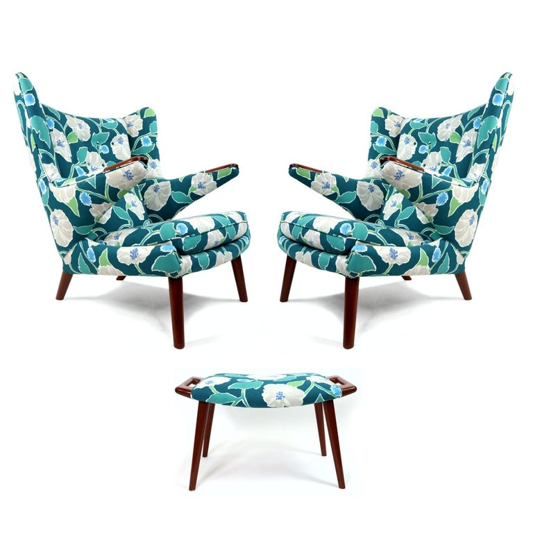 Mid-Century Modern Vintage Hans Wegner Papa Bear Chair Set with Ottoman in Floral Print For Sale