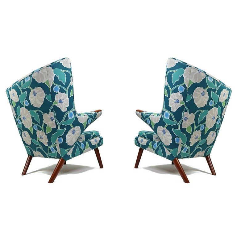 Vintage Hans Wegner Papa Bear Chair Set with Ottoman in Floral Print For Sale 1