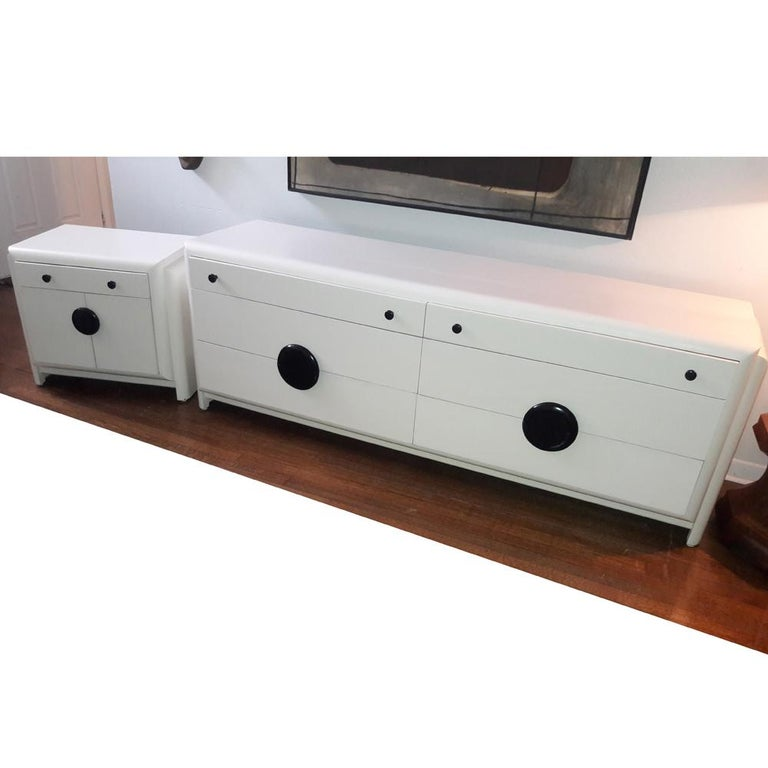 Mid-20th Century Vintage Harold Schwartz Romweber Art Deco White Lacquered Nightstand For Sale