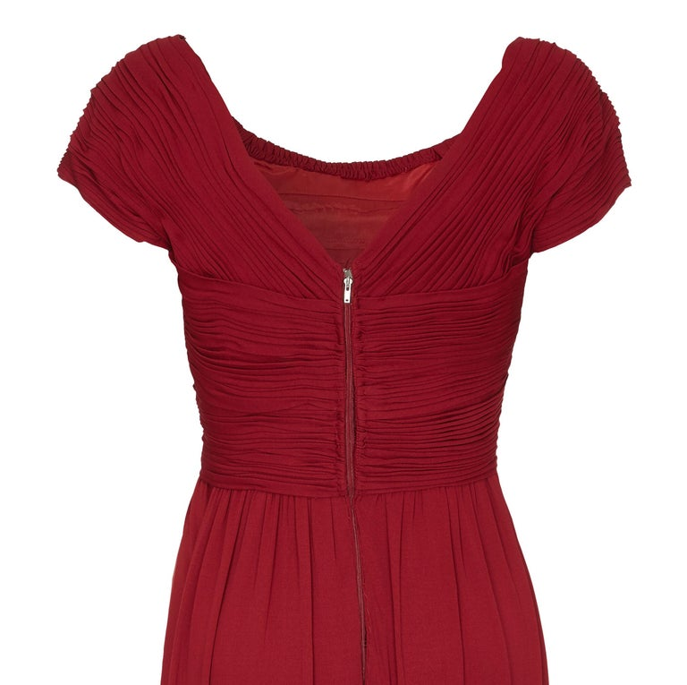 Women's Vintage Harrods 1950s Burgundy Silk Jersey Dress With Pleated Bodice For Sale