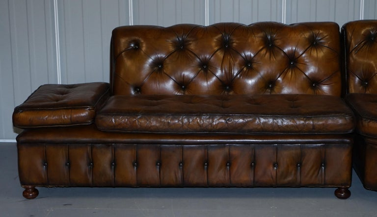 Vintage Harrods Chesterfield Hand Dyed Cigar Brown Leather Corner Sofa Walnut For Sale 4