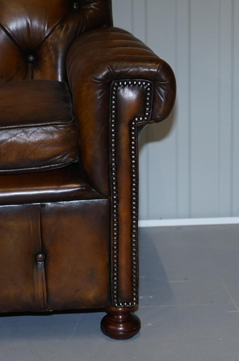 Hand-Crafted Vintage Harrods Chesterfield Hand Dyed Cigar Brown Leather Corner Sofa Walnut For Sale