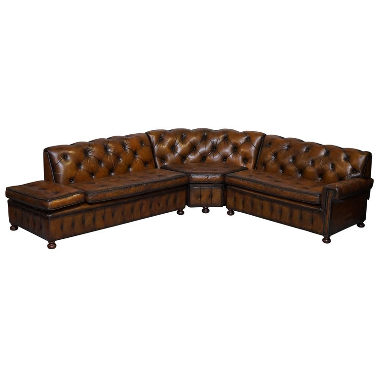 Vintage Harrods Chesterfield Hand Dyed Cigar Brown Leather Corner Sofa Walnut For Sale