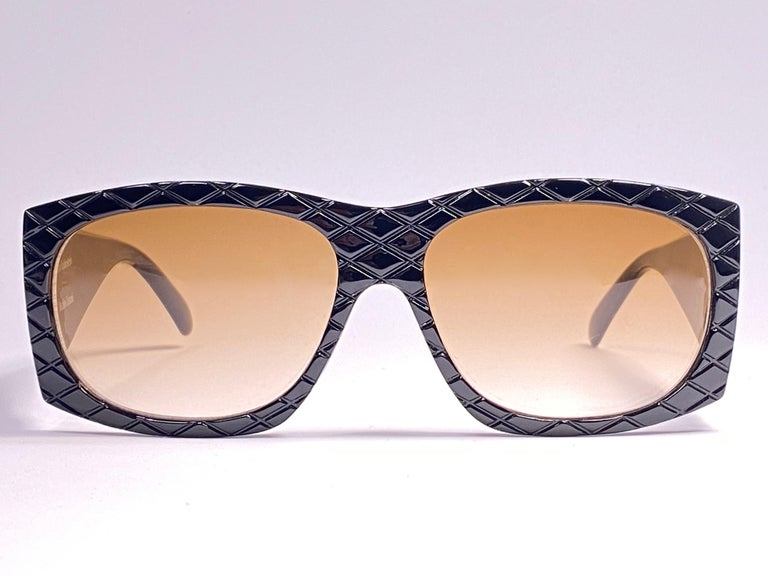 Vintage Helena Rubinstein Black Mask Quilted Sunglasses France For Sale 2
