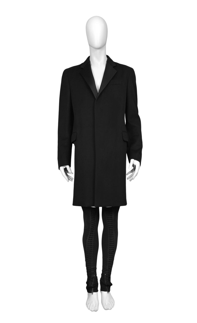 HELMUT LANG MENS BLACK TUXEDO COAT Condition : Excellent Vintage Condition. Press Sample. Never worn.  Helmut Lang black tuxedo coat with satin lapels. Size 50 US M / EU 50 / 2  ARTIFACTS: Helmut Lang 1990's - 2005 exclusively sold at Resurrection.