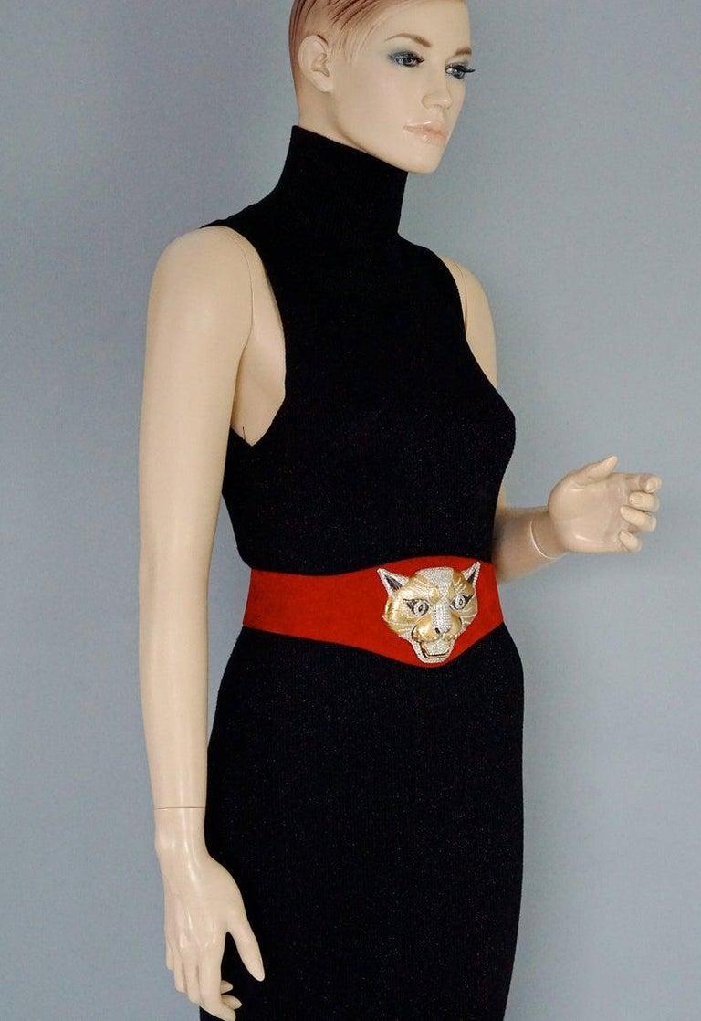 Vintage HENRYKS BIJOUX VIENNE Jewelled Leopard Head Red Suede Wide Belt For Sale 2