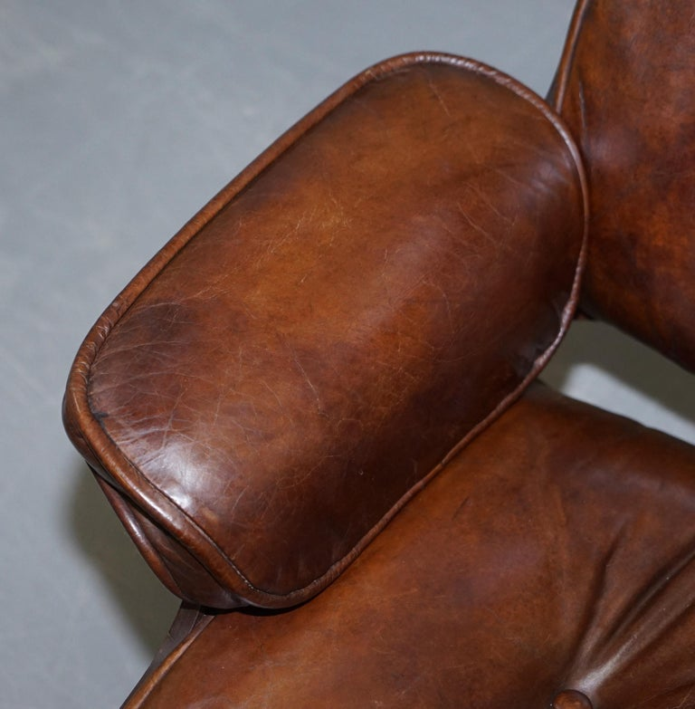20th Century Vintage Heritage Aged Brown Leather Lounge Armchair & Ottoman Tufted Buttons For Sale
