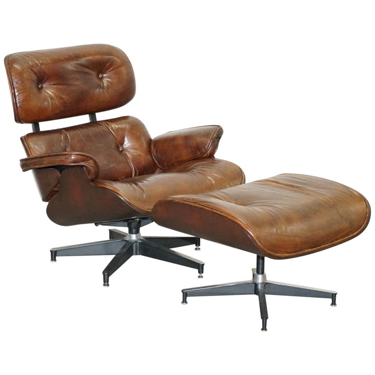 Vintage Heritage Aged Brown Leather Lounge Armchair & Ottoman Tufted Buttons For Sale