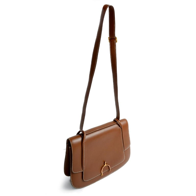 Vintage Hermes Bag in Brown Leather With Horse bit Buckle 1985 Handbag With Box In Excellent Condition For Sale In Portland, OR