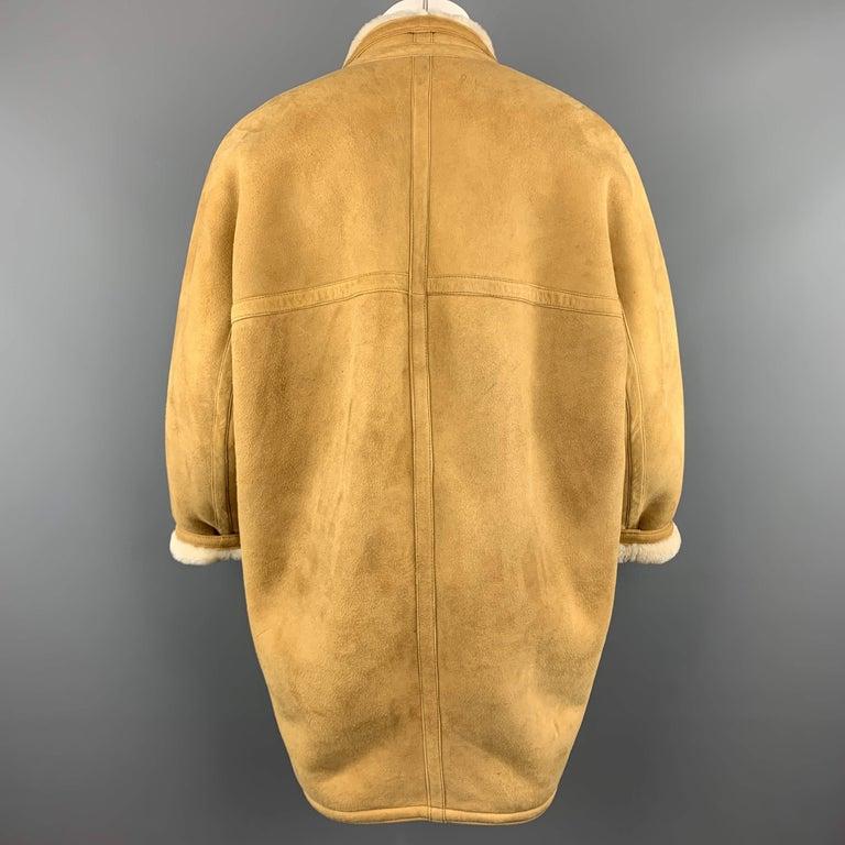 Vintage HERMES Size 10 Tan & Cream Shearling Coat / Jacket For Sale 2