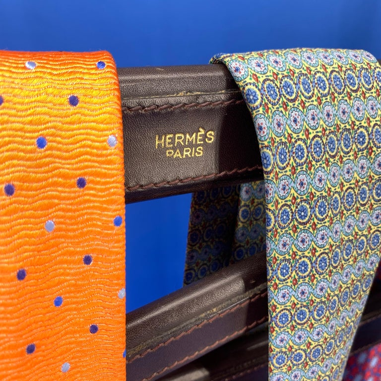 Hand-Crafted Vintage Hermès Tie Table Rack with Brass Horse Heads For Sale