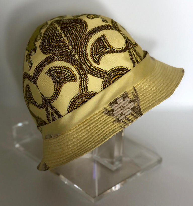 Vintage Hermes Yellow, Gold & Ivory Silk Cloche / Bucket Hat w/ Bow For Sale 6