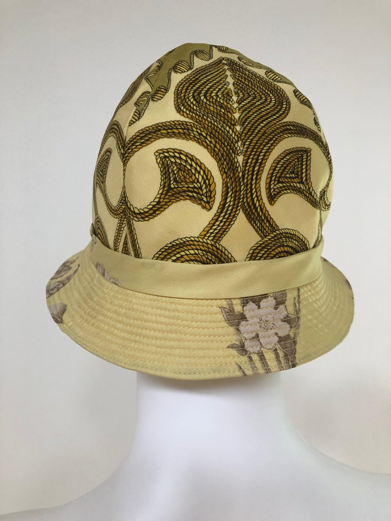 Vintage Hermes Yellow, Gold & Ivory Silk Cloche / Bucket Hat w/ Bow For Sale 1