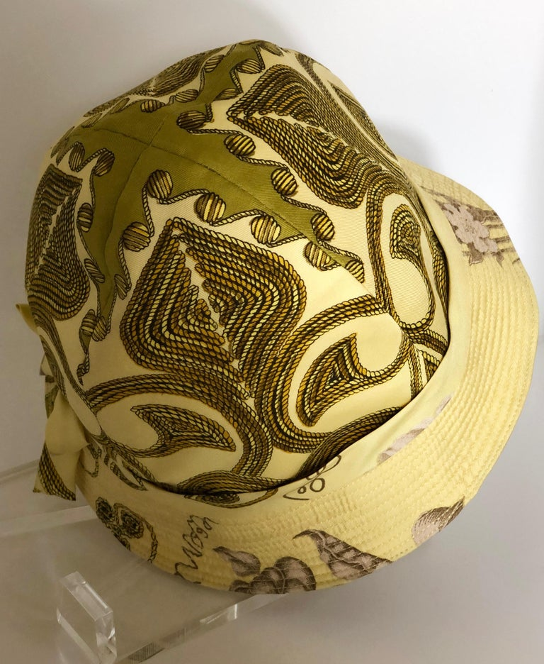 Vintage Hermes Yellow, Gold & Ivory Silk Cloche / Bucket Hat w/ Bow For Sale 4