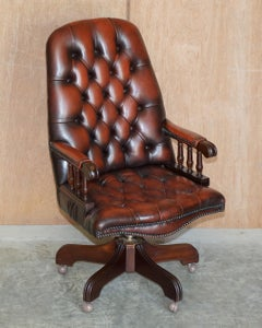VINTAGE HIGH BACK AGED BROWN LEATHER CHESTERFIELD CAPTAINS DiRECTORS CHAIR