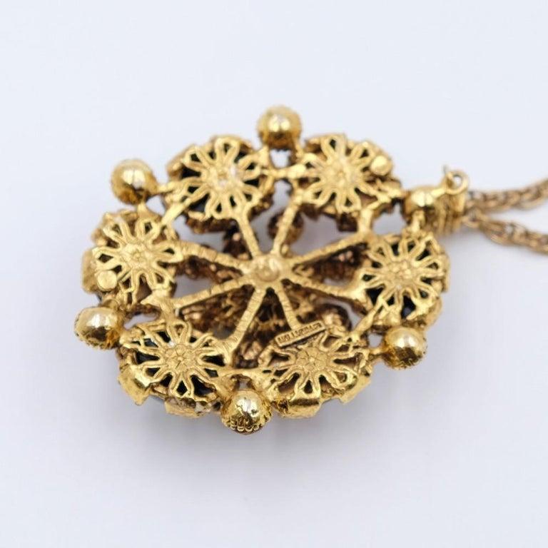 Women's or Men's Vintage Hollycraft Pendant Necklace 1950s For Sale
