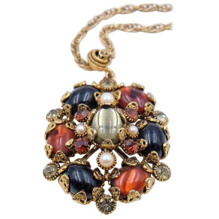 Vintage Hollycraft Pendant Necklace 1950s For Sale