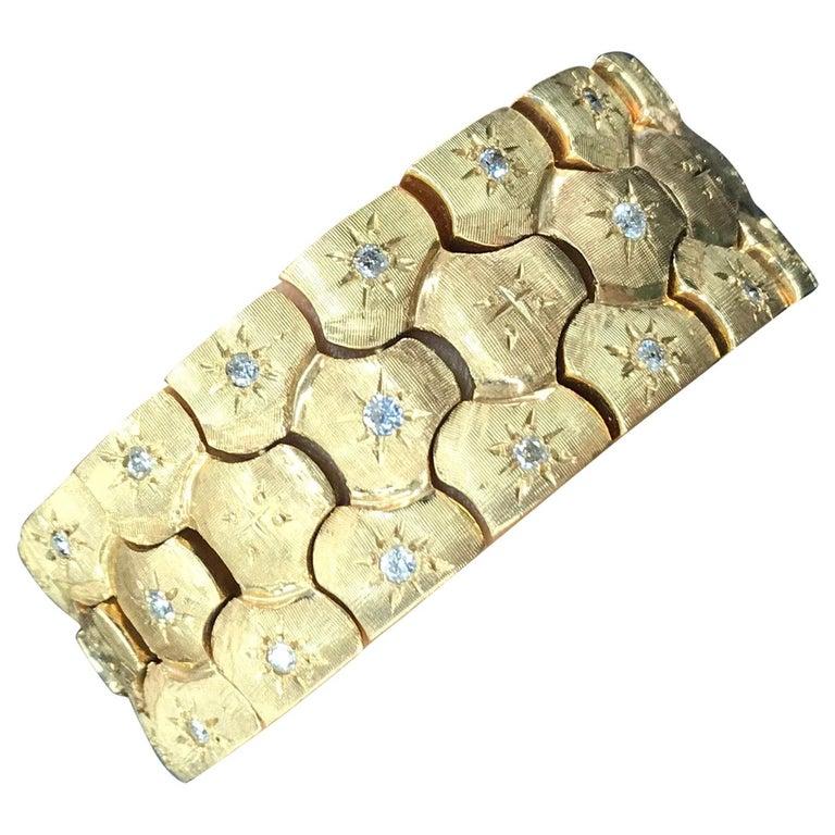 Vintage Honeycomb 14 Karat Yellow Gold Diamond Bracelet 0.60 Carat For Sale