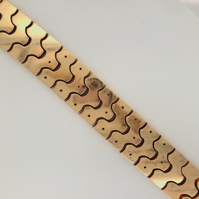 Vintage Honeycomb 14 Karat Yellow Gold Diamond Bracelet 0.60 Carat For Sale 1