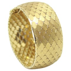 Vintage Honeycomb Design 18 Carat Gold Bracelet, circa 1960s