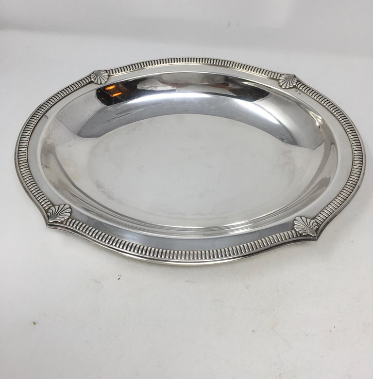 Vintage Hotel Silver Serving Platter In Good Condition For Sale In Houston, TX