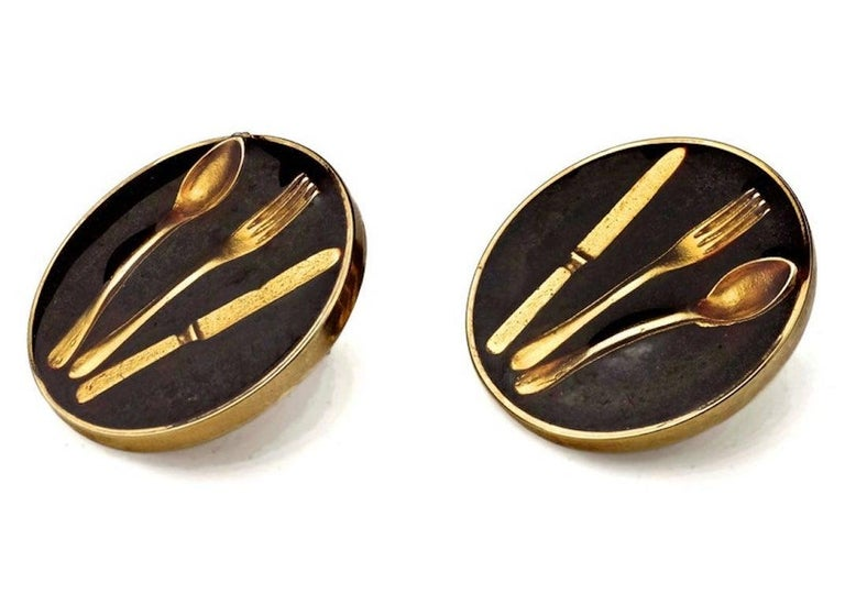 Vintage Iconic MOSCHINO Cutlery Earrings In Excellent Condition For Sale In Kingersheim, Alsace