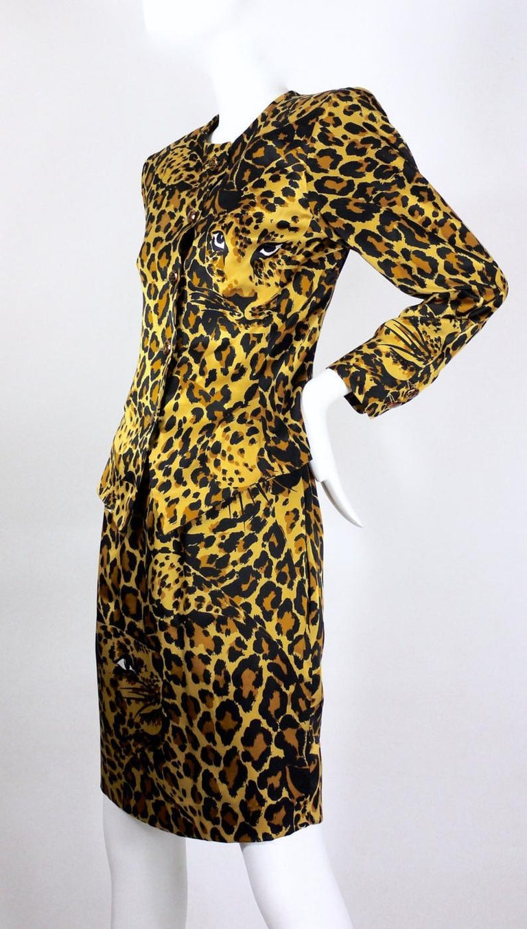 Vintage Iconic YVES SAINT LAURENT Rive Gauche Silk Leopard Print Suit In Excellent Condition For Sale In Kingersheim, Alsace