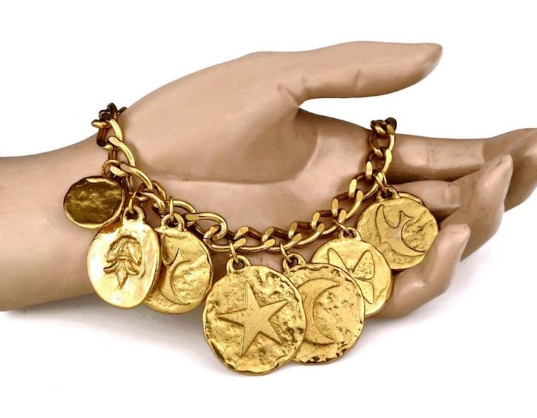 Vintage Iconic YVES SAINT LAURENT Ysl Emblem Medallion Charm Bracelet For Sale 3