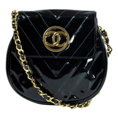 Vintage in black patent leather