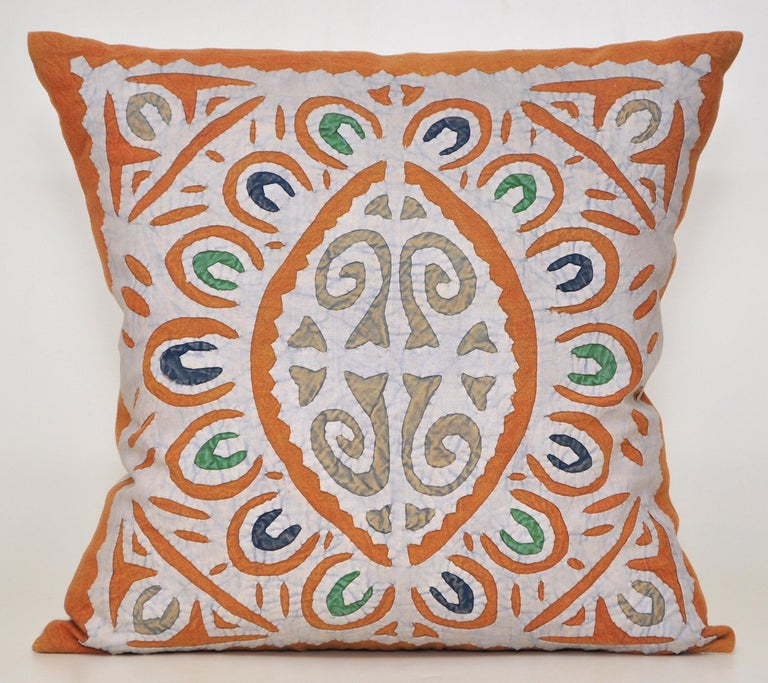 Vintage Indian blue and green patchwork pillow with Irish linen cushion.  Beautiful ethnic pillow (cushion to our European customers) in an exquisite vintage handcrafted and colored design. A striking symmetrical patchwork pattern of simple yet