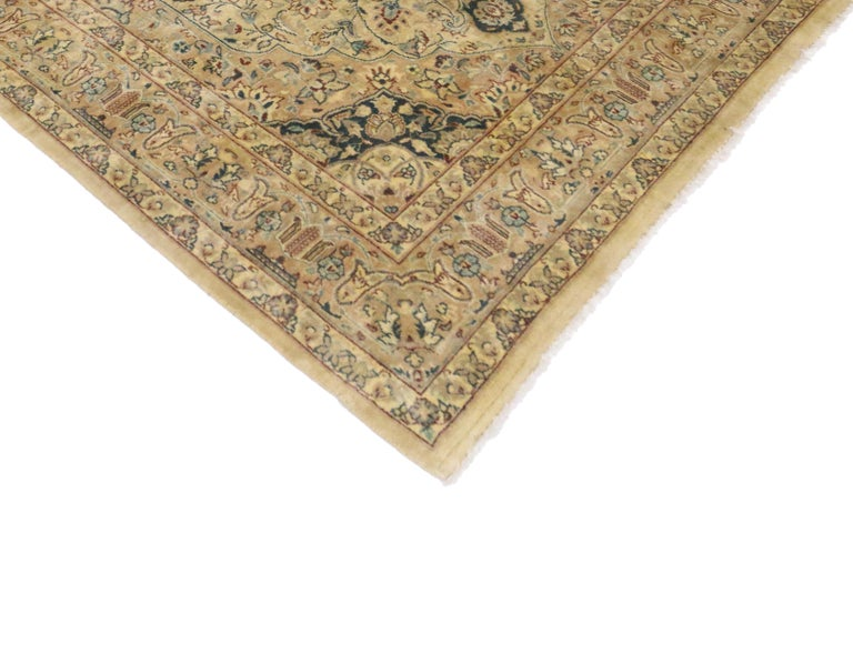 20th Century Vintage Indian Persian Design Accent Rug with Traditional Modern Style For Sale