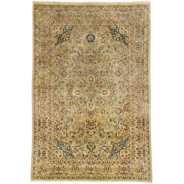 Vintage Indian Persian Design Accent Rug with Traditional Modern Style For Sale