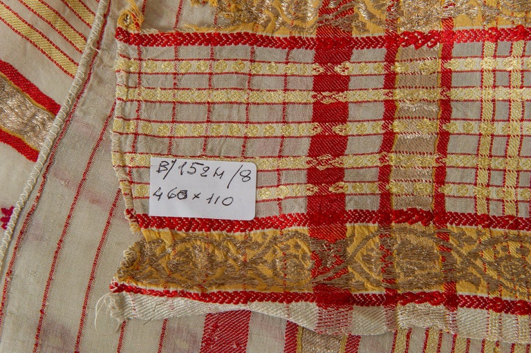 Agra Vintage Indian Sari Ivory, Red Coral and Gold for Curtains or Evening Dress For Sale