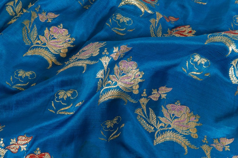Vintage Indian Sari Turquoise with Rich Floral Drawing, for Curtain Also For Sale 3