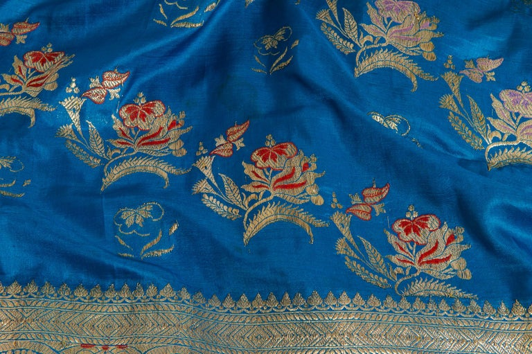 Vintage Indian Sari Turquoise with Rich Floral Drawing, for Curtain Also For Sale 4