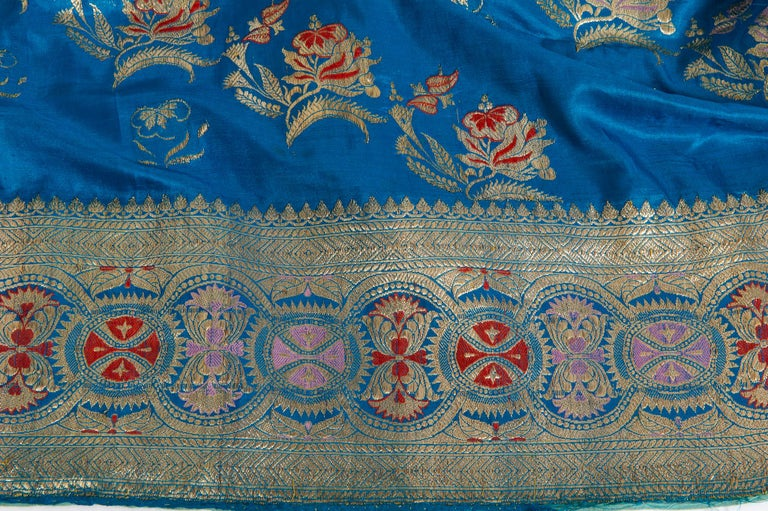 Vintage Indian Sari Turquoise with Rich Floral Drawing, for Curtain Also For Sale 5