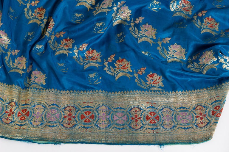 Vintage Indian Sari Turquoise with Rich Floral Drawing, for Curtain Also For Sale 6