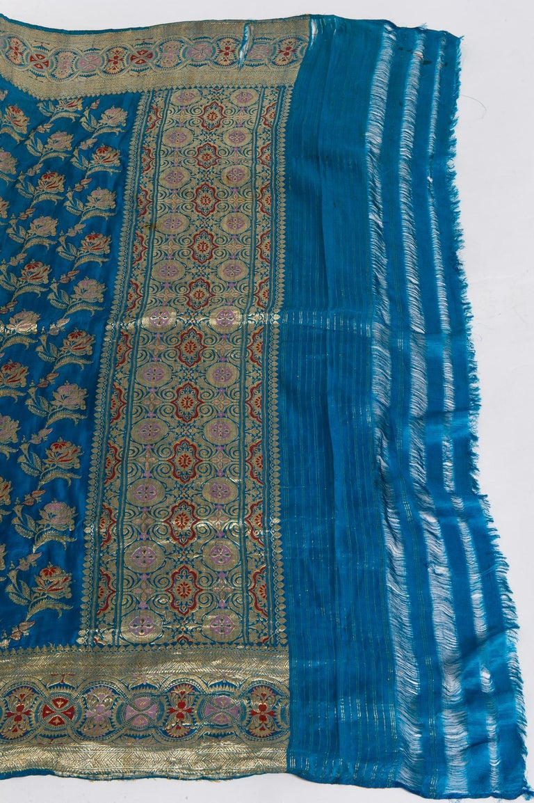 Vintage Indian Sari Turquoise with Rich Floral Drawing, for Curtain Also For Sale 7