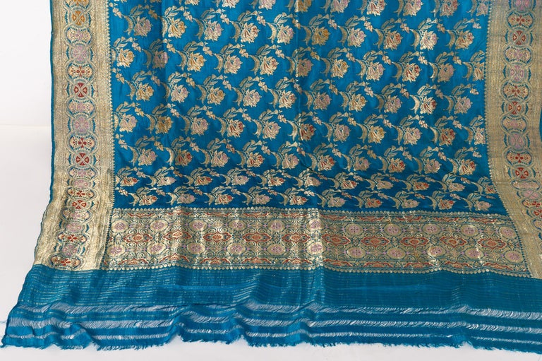 Vintage Indian Sari Turquoise with Rich Floral Drawing, for Curtain Also For Sale 11