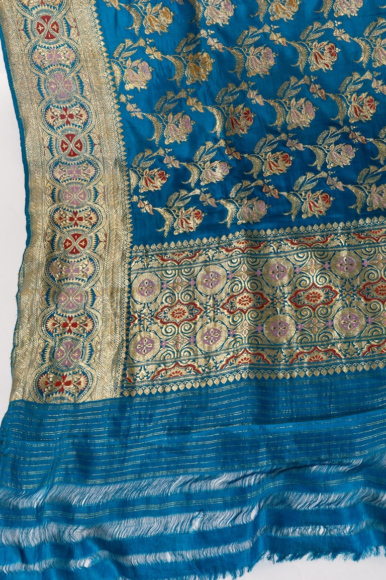 Vintage Indian Sari Turquoise with Rich Floral Drawing, for Curtain Also For Sale 13